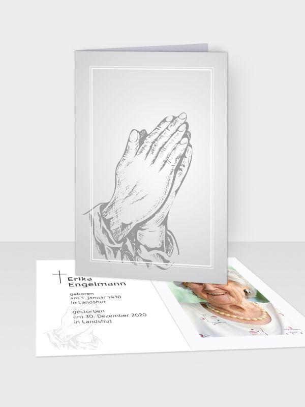 Erinnerungsbild - Kleinere Klappkarte mit Trauerbild/Sterbebildchen (74 x 105 mm)   Motiv Betende Hände (Holzschnitt)   EB_019