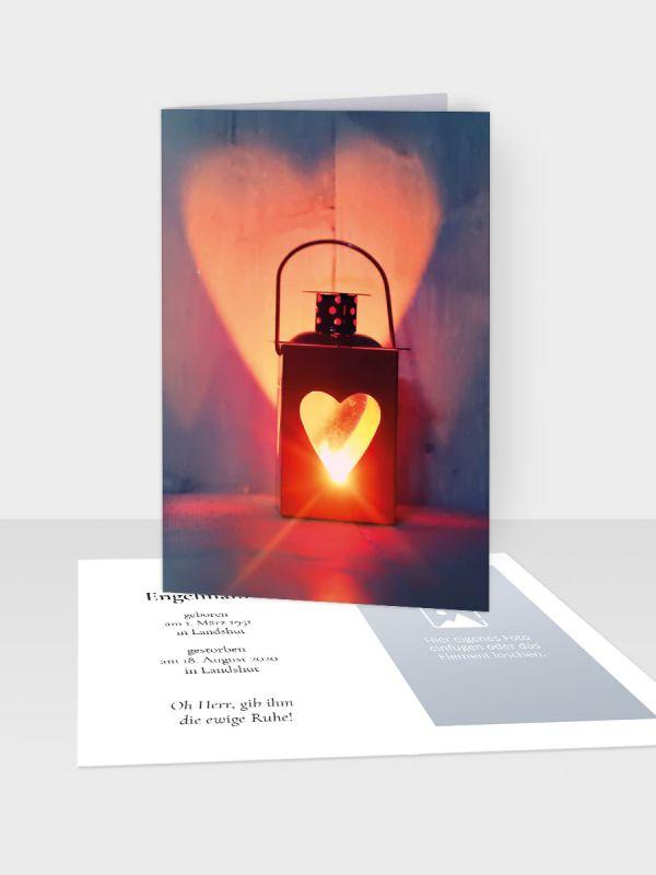 Erinnerungsbild - Kleinere Klappkarte mit Trauerbild/Sterbebildchen (74 x 105 mm)   Motiv Herzenslicht   XEB_004