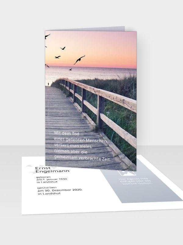 Erinnerungsbild - Kleinere Klappkarte mit Trauerbild/Sterbebildchen (74 x 105 mm)   Motiv Steg zum Übergang   XEB_008